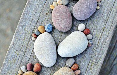 خلاقیت با سنگ های رودخانه