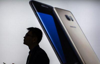 گوشی های هوشمند و رسانه های اجتماعی قدرت را از شرکت ها گرفته و به مشتریها دادهاند