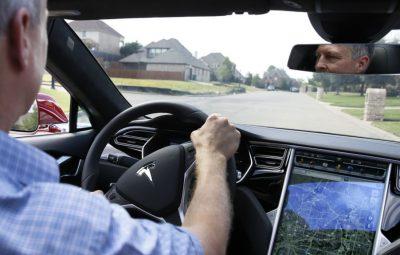 وقتی اطلاعات زیاد فراهم شده توسط خودروسازان، رانندگان را به خطر میاندازد
