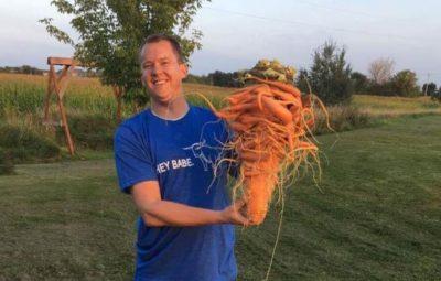 کشاورز اهل مینهسوتا رکورد پرورش بزرگترین هویج دنیا را زد